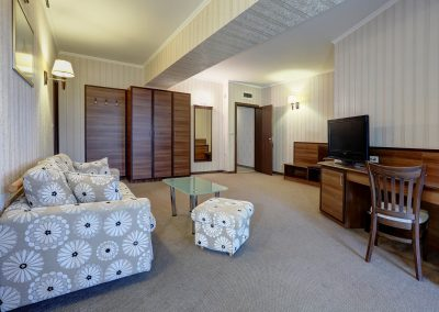 hotel-kalina-palace-tryavna-apartment-7