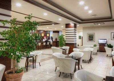 hotel-kalina-palace-tryavna-lobby1