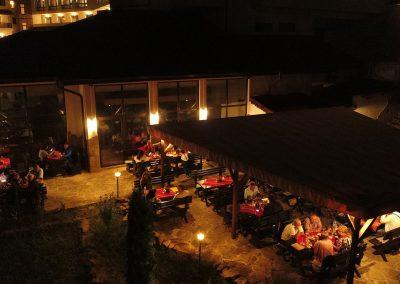 hotel-kalina-palace-tryavna-restaurant-bbq-2