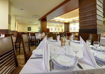hotel-kalina-palace-tryavna-restaurant-kalina-8
