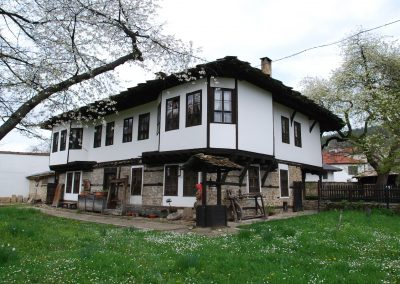 tryavna-001